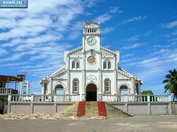 Тонга, острова Вавау, город Нейафу, католическая церковь